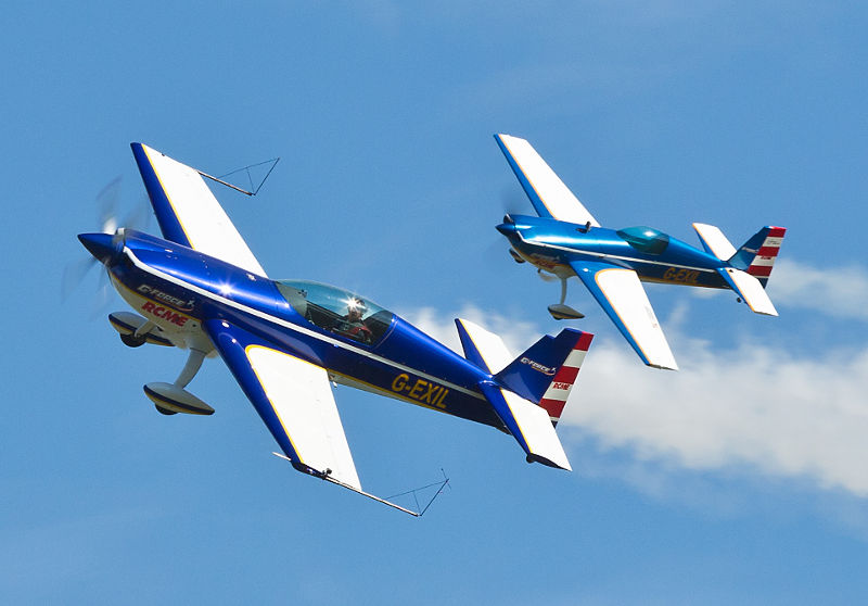 Extra Duo by G Force Aerobatics
