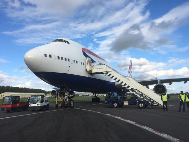 747 retires to Dunsfold
