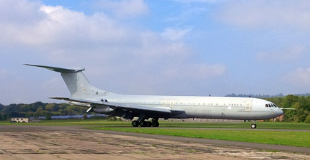 VC10 Arrives at Dunsfold Park