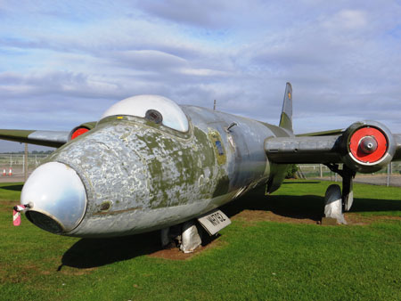 Newark Air Museum Canberra PR7