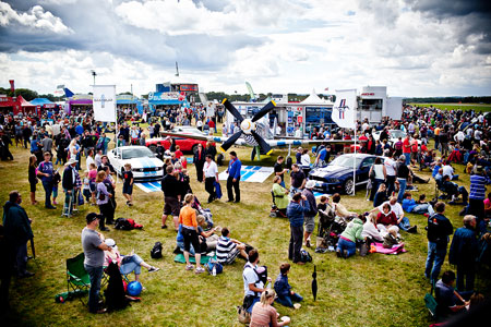 Dunsfold Airshow crowds